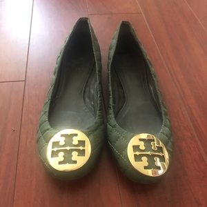 Army green quilted Tory Burch flats